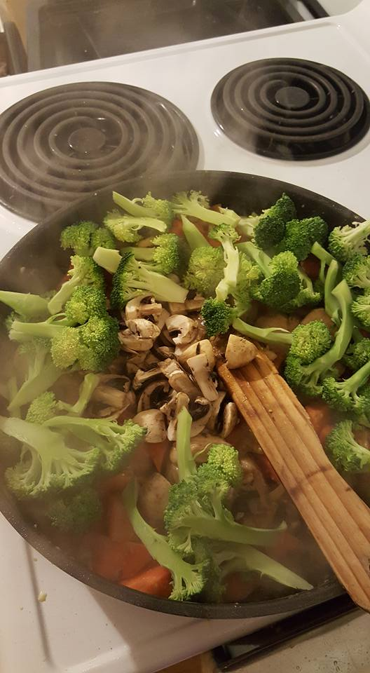 Stirfry add broccoli and mushrooms