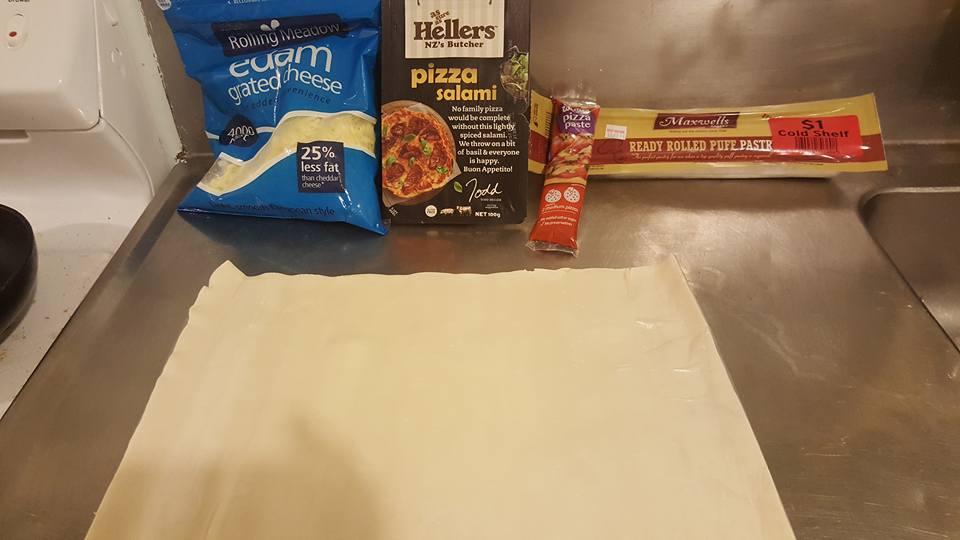 Pizza Scrolls ingredients