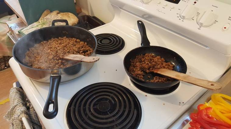 cooked-pork-mince-and-vege-mince-for-san-choy-bau